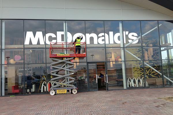 McDonalds builders clean london